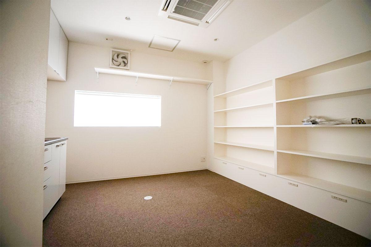 川崎ソープランド グランローズ 女子控室